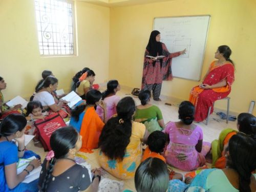 Sewing class for women
